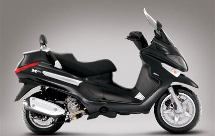 Piaggio XEvo 250