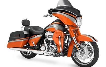 Harley-Davidson FLHXSE2 CVO Street Glide