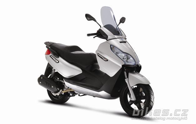 Piaggio X7 Evo 300