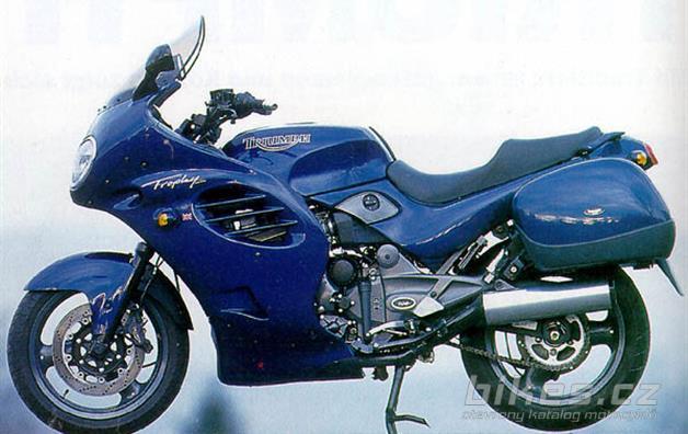 Triumph TROPHY 900