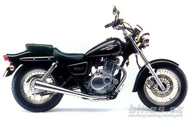 Suzuki GZ 250 Marauder