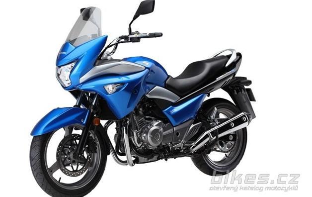 Suzuki GW 250 Inazuma