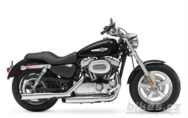 Harley-Davidson XL 1200C Sportster 1200 Custom