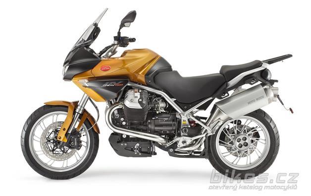 Moto Guzzi Stelvio 1200