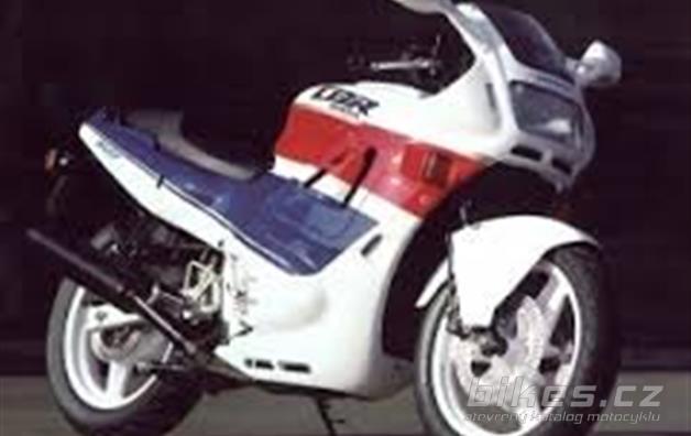 Honda CBR 500 F (PC 20)