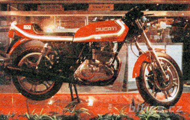 Ducati 500 Sport Desmo