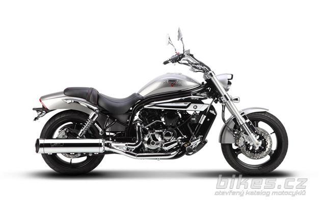 Hyosung GV650 Pro
